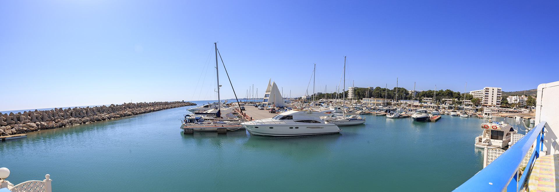 inmobiliaria-alcossebre-desam-poblado-marinero-puerto-deportivo