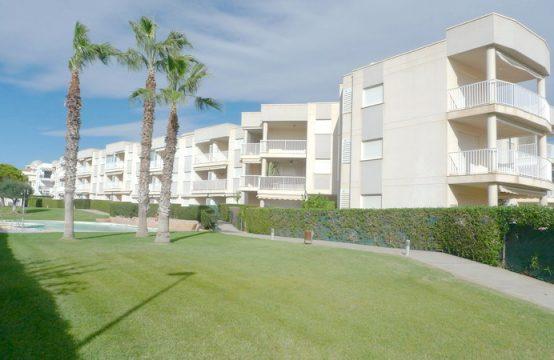 Apartamento en Urbanización en 1ª línea de playa Cargador.