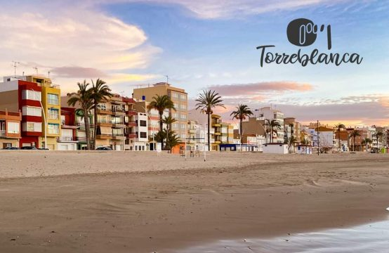 Adosado en la playa de Torrenostra