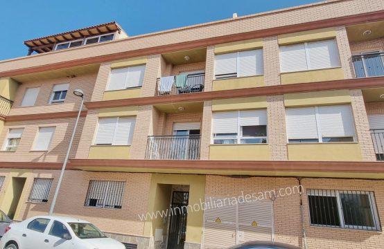 Amplio piso en Torreblanca con acceso directo desde la calle